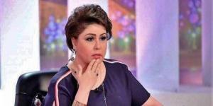"""بعد وفاة والدها.. فجر السعيد تواسي شيرين رضا: """"الله يصبرك على الفراق"""""""
