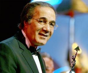 تعرف على حقيقة وفاة الفنان محمود ياسين