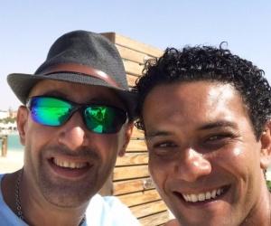"""آسر ياسين يقلد أحمد السقا في """"الجزيرة"""".. ويعلق: """"شكلي هتضرب"""""""