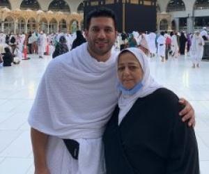 صورة| حسن الرداد يكشف عن آخر هدية من والدته.. ويعلق متأثرا: مشيتي بعدها على طول